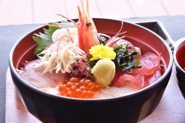 新鮮な海鮮を思う存分堪能できる北海道おすすめグルメ