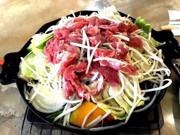 北海道ならではの肉料理を楽しむ北海道おすすめグルメ
